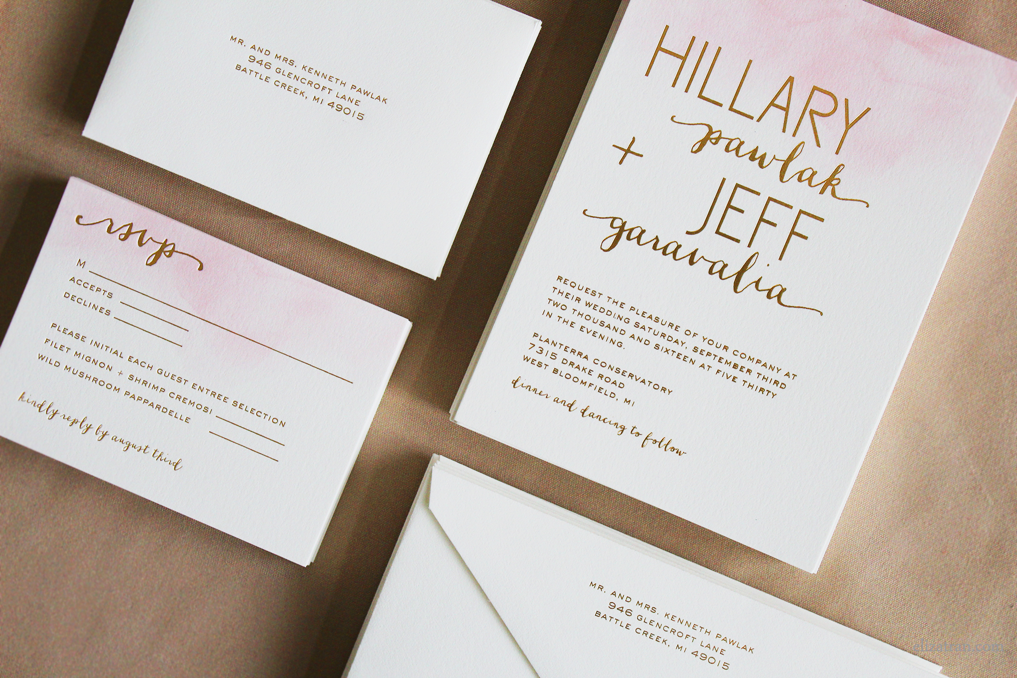 blushandgoldweddinginvitations
