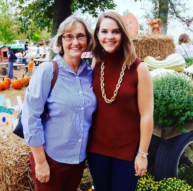 We celebrated our Mom's birthday at one of our Bowling Green favorites, Jackson's Orchard!