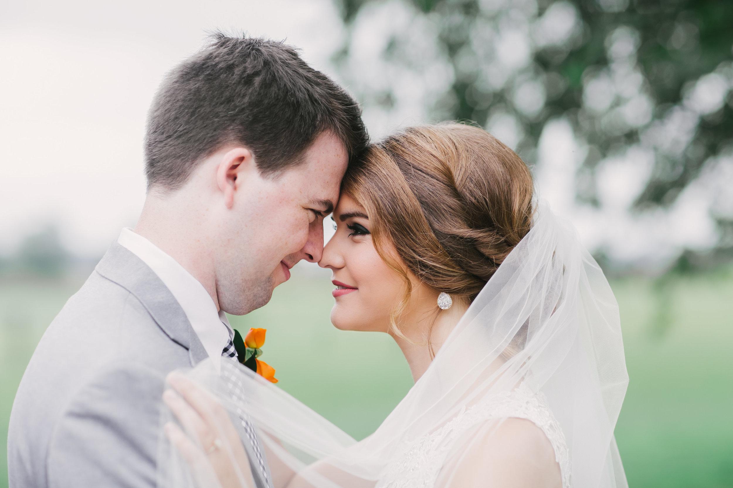 Bride and Groom 2-0141.jpg