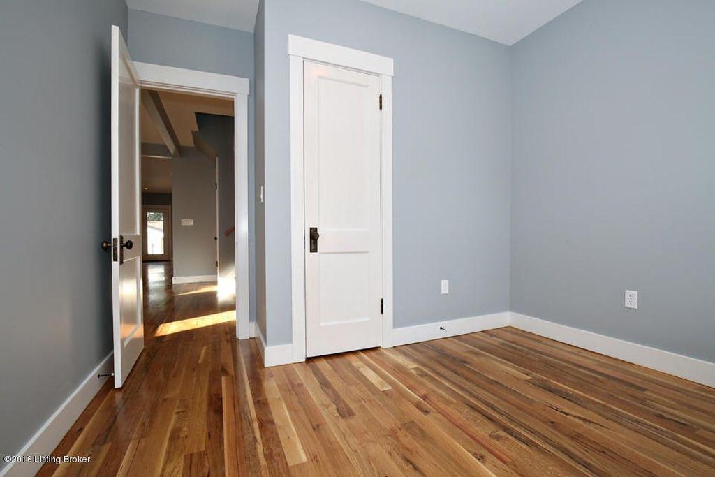 Front room 2.jpg