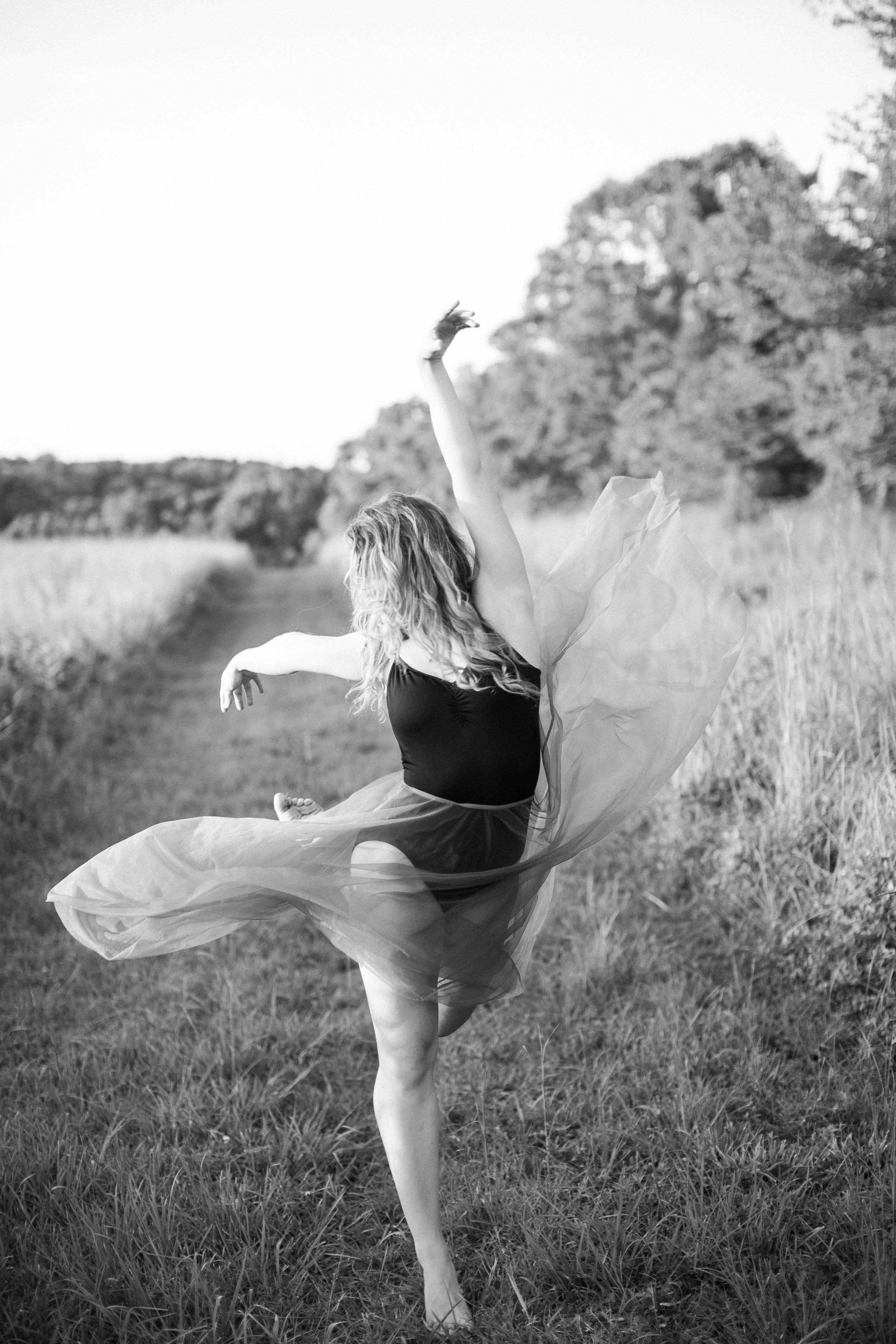 Maddie_Rodrigue_Dancer_NYC_Actor_Headshots_Dance_Lifestyle_
