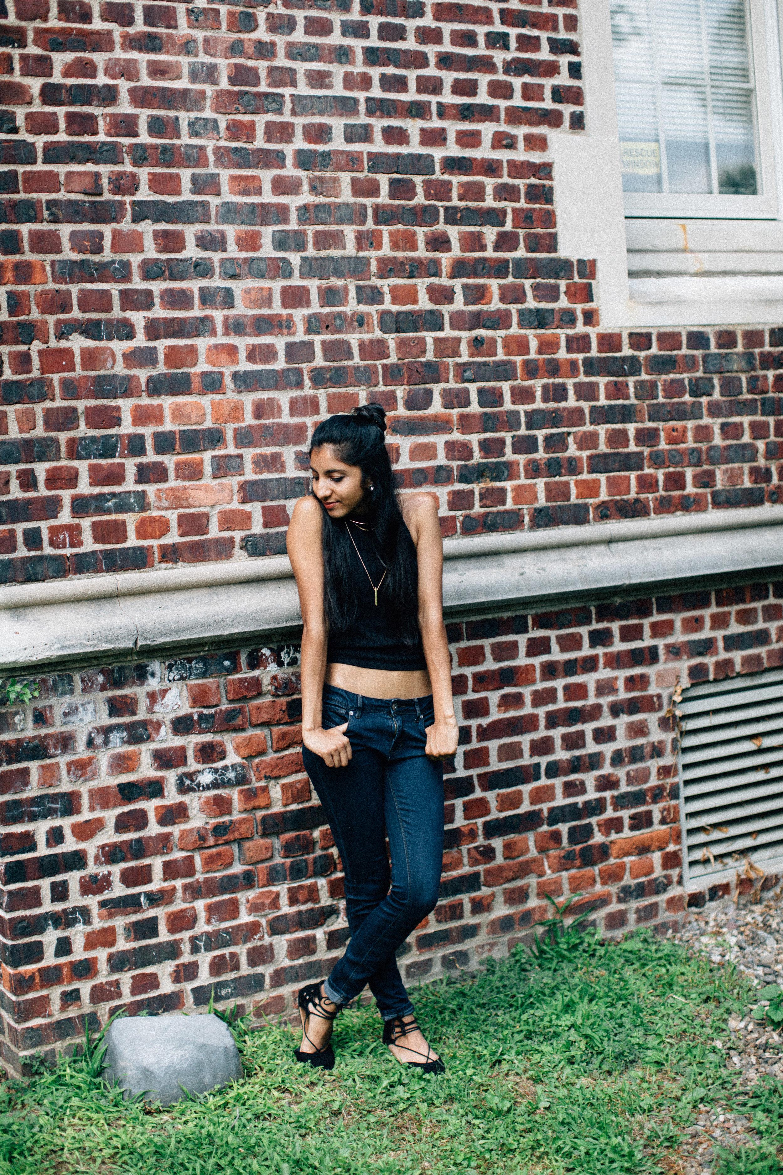 Zai_Ahmed_90s_grunge_ashion_blogger-39.jpg