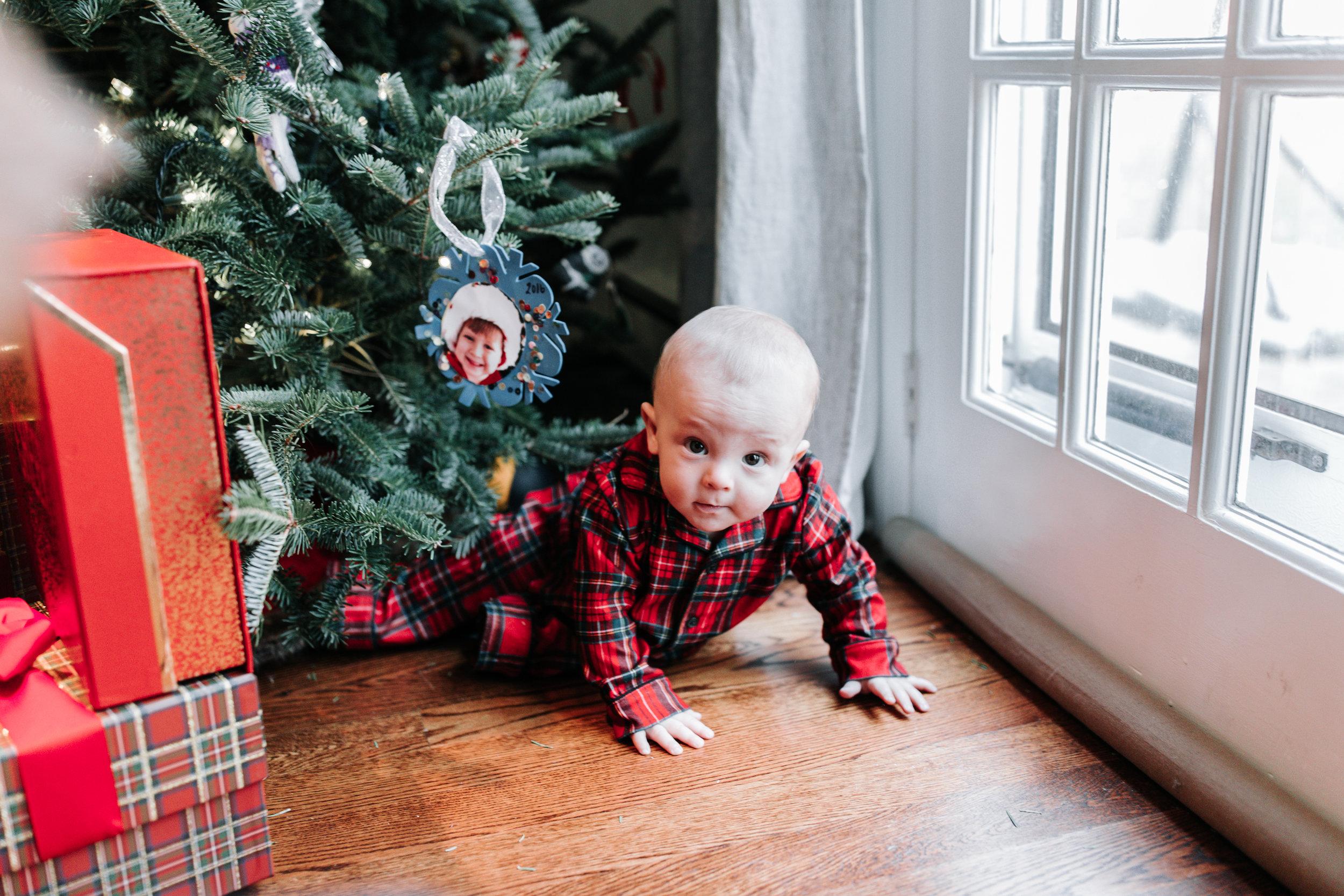 Knudsen Family Christmas Photos 2017-21.jpg