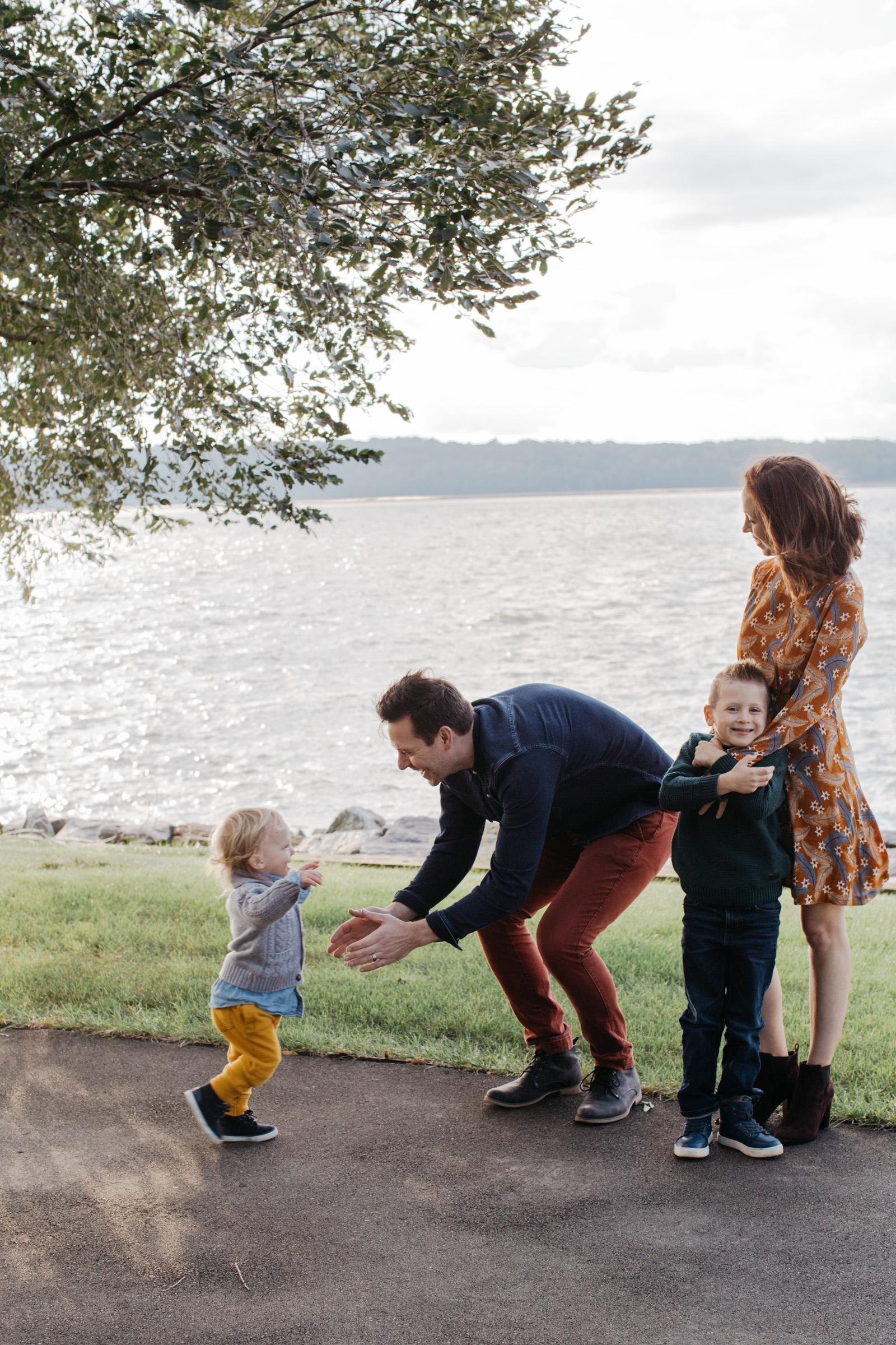 Knudsen Family + Grandparents-27.jpg