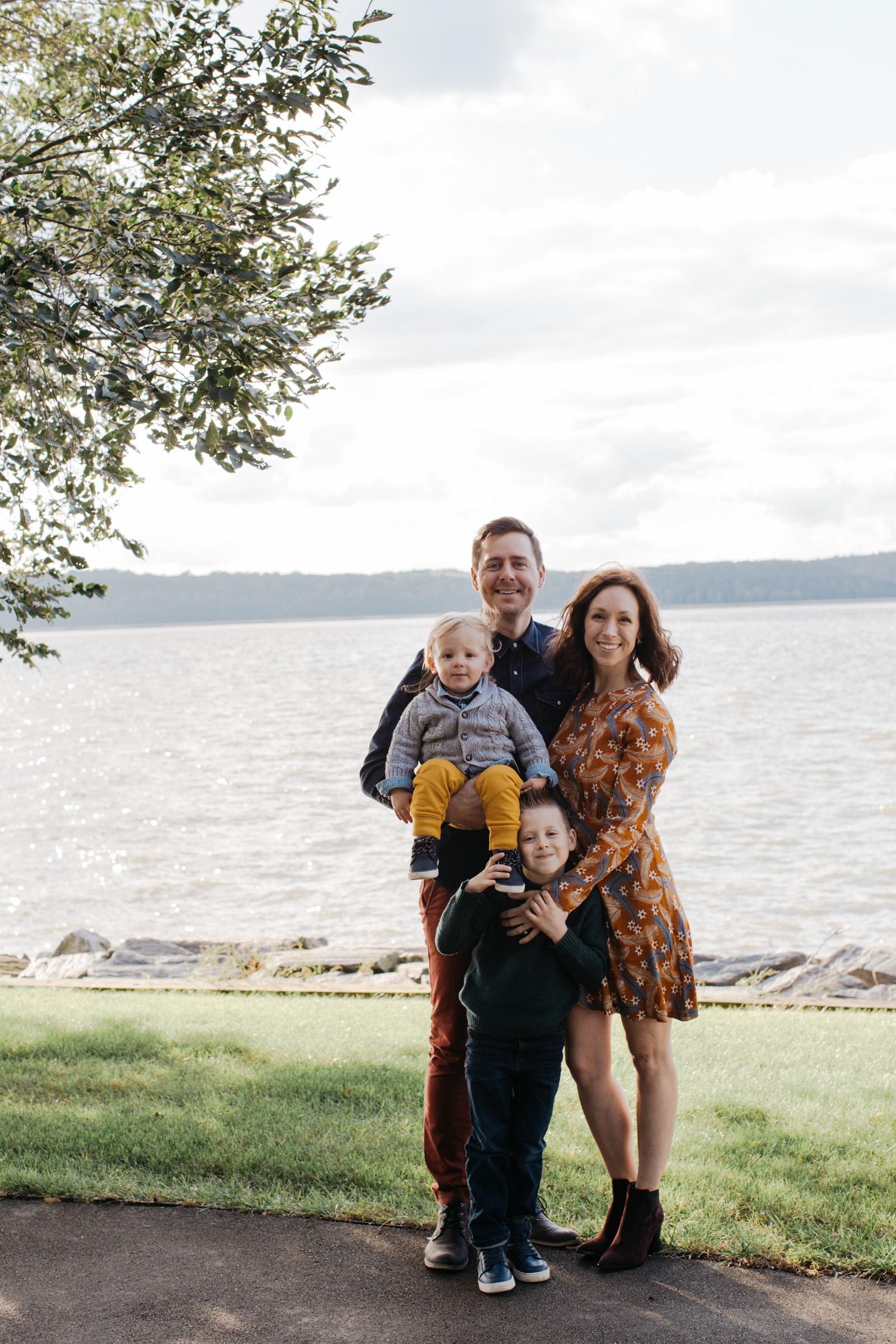 Knudsen Family + Grandparents-28.jpg