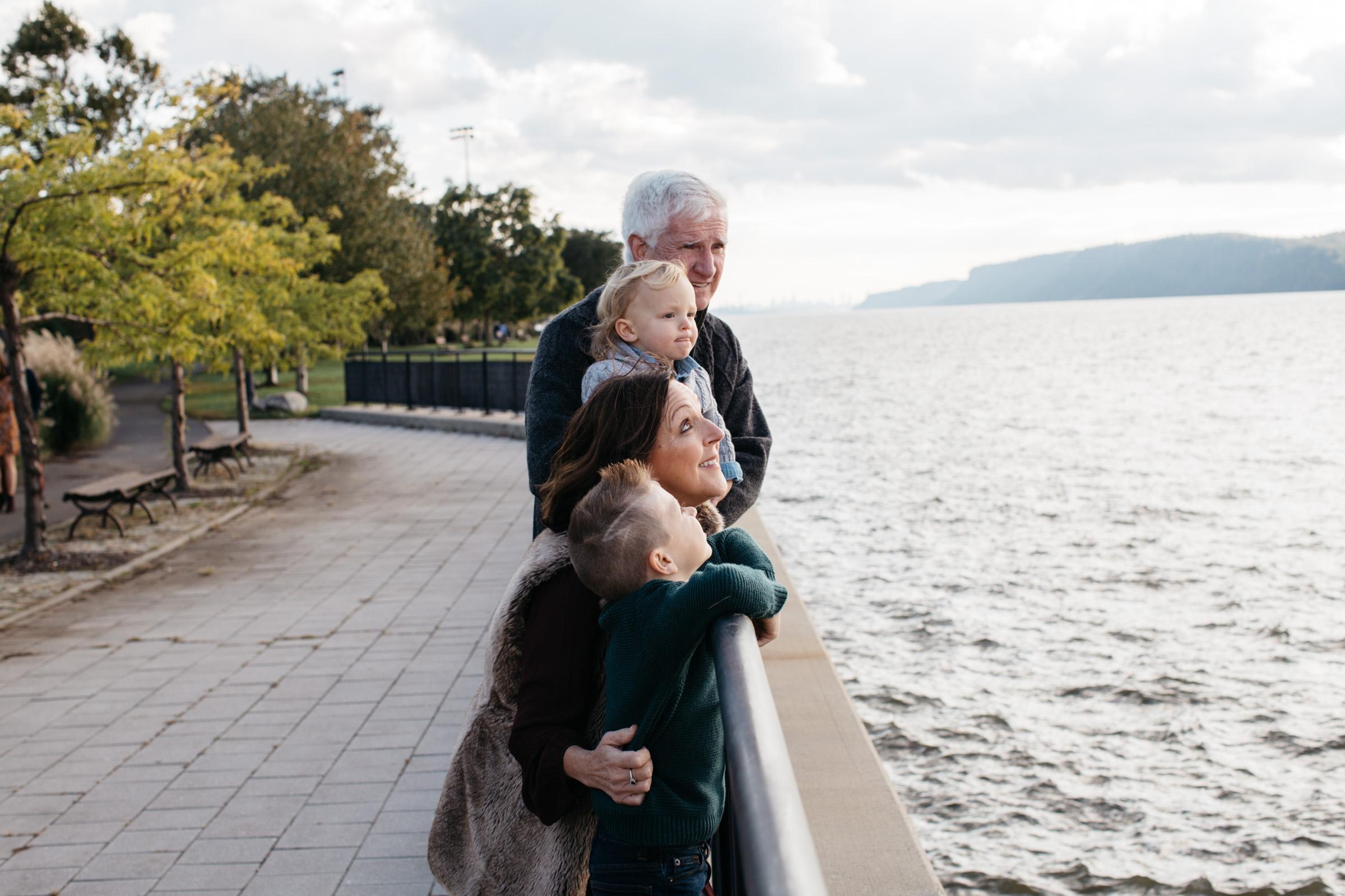 Knudsen Family + Grandparents-41.jpg