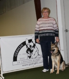 Willa  and  Cindy Hartman  competed in Open and Preferred Open earning a 198 n Rally Novice and Beginner Obedience, and first place on March 25th!!!