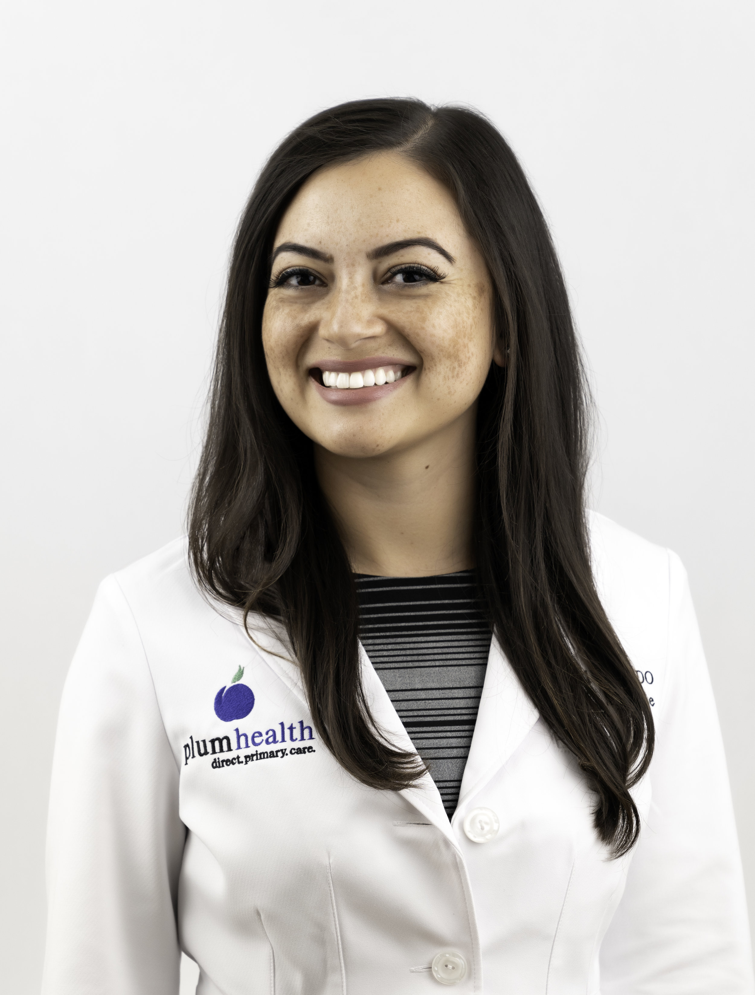 Dr. Raquel Orlich, DO, a Family Medicine Doctor with Plum Health DPC.