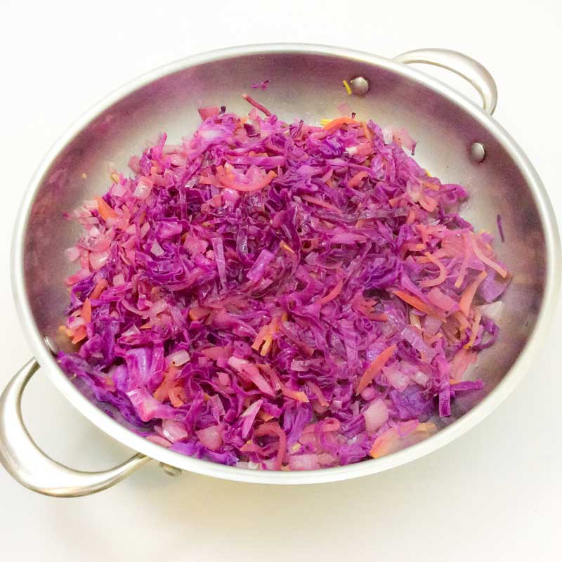 Sweet & Spicy Red Cabbage