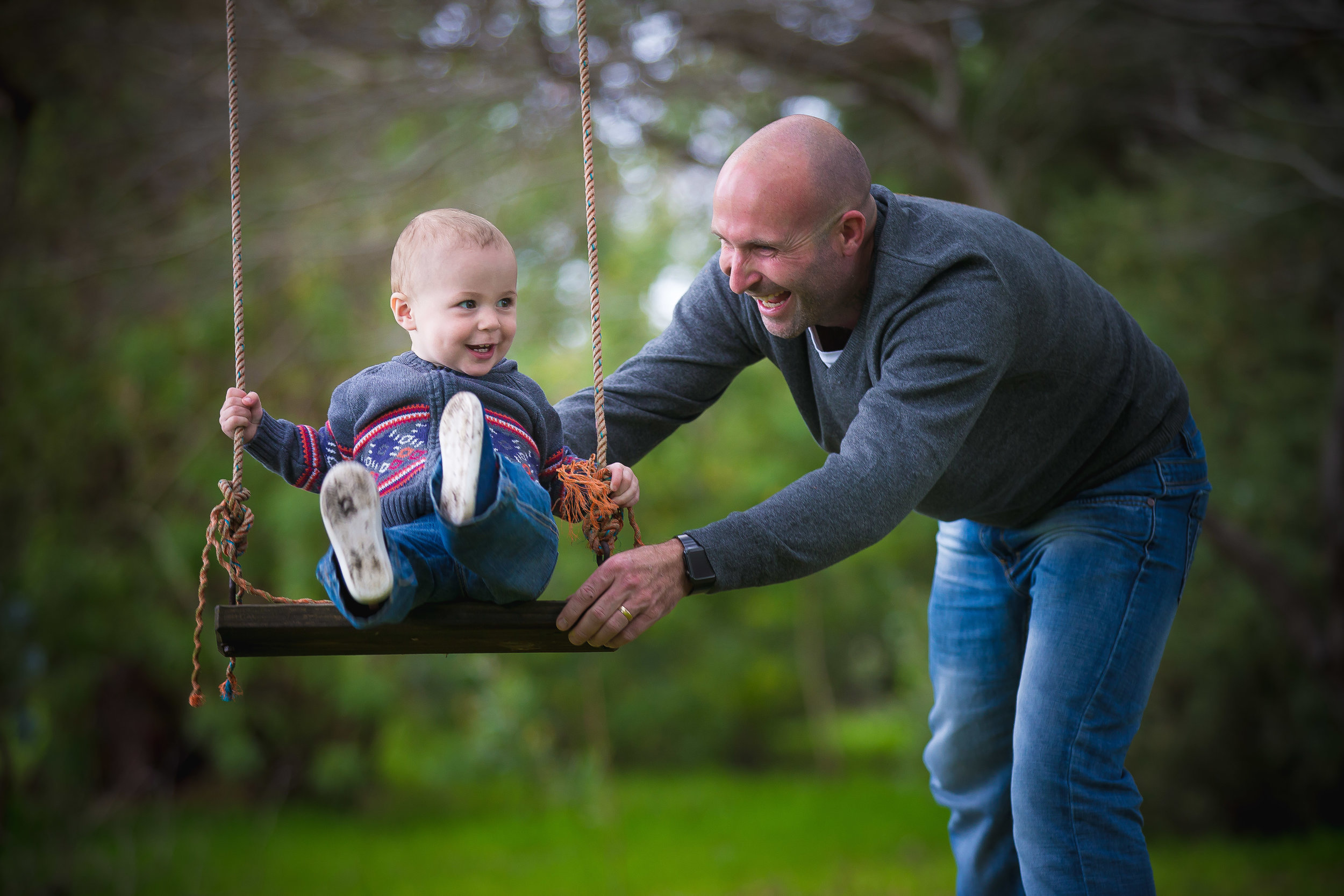 Premier Family Portrait Photographer Kurt Nigg captures the most golden moments in your life and puts them into a Time Capsule