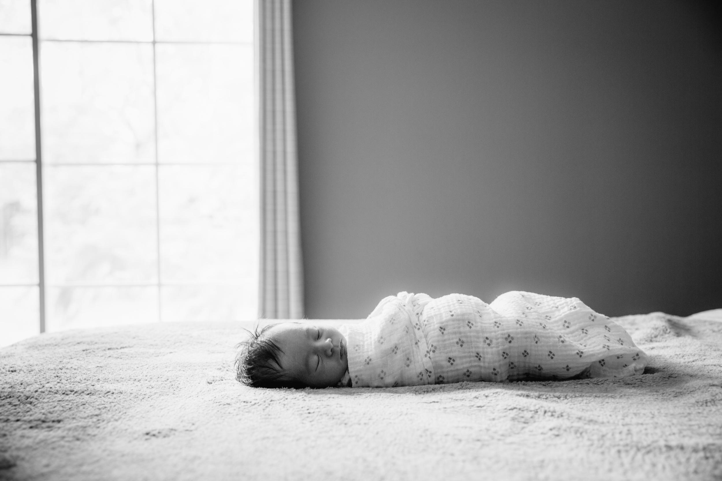 Kaci newborn-4.JPG