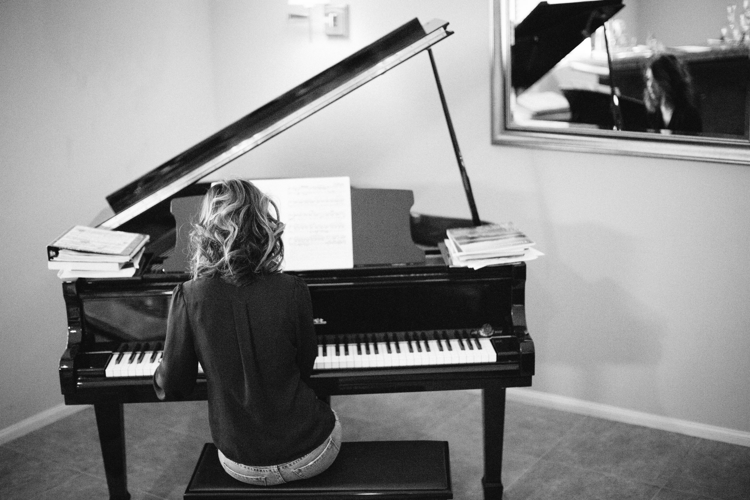 Katherine Piano Mary Graham Photography-11.jpg