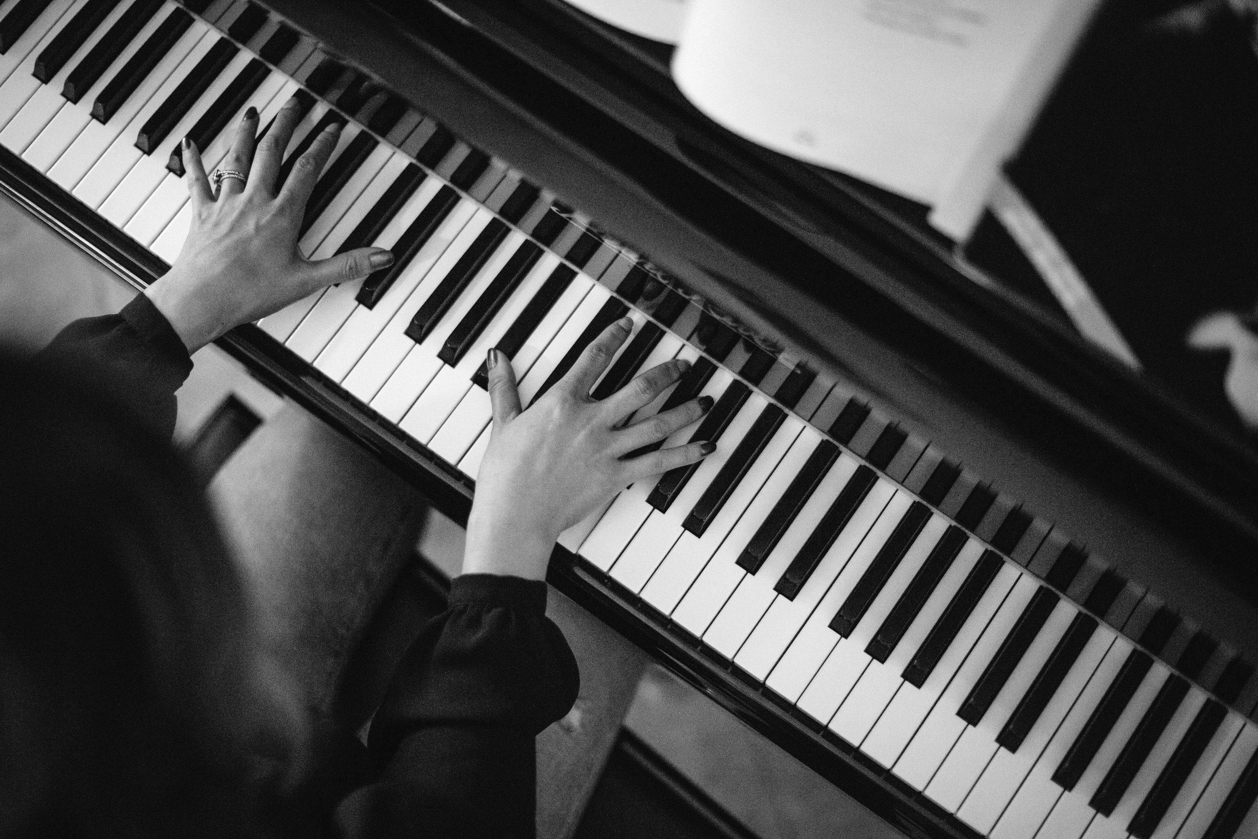 Katherine Piano Mary Graham Photography-10.jpg