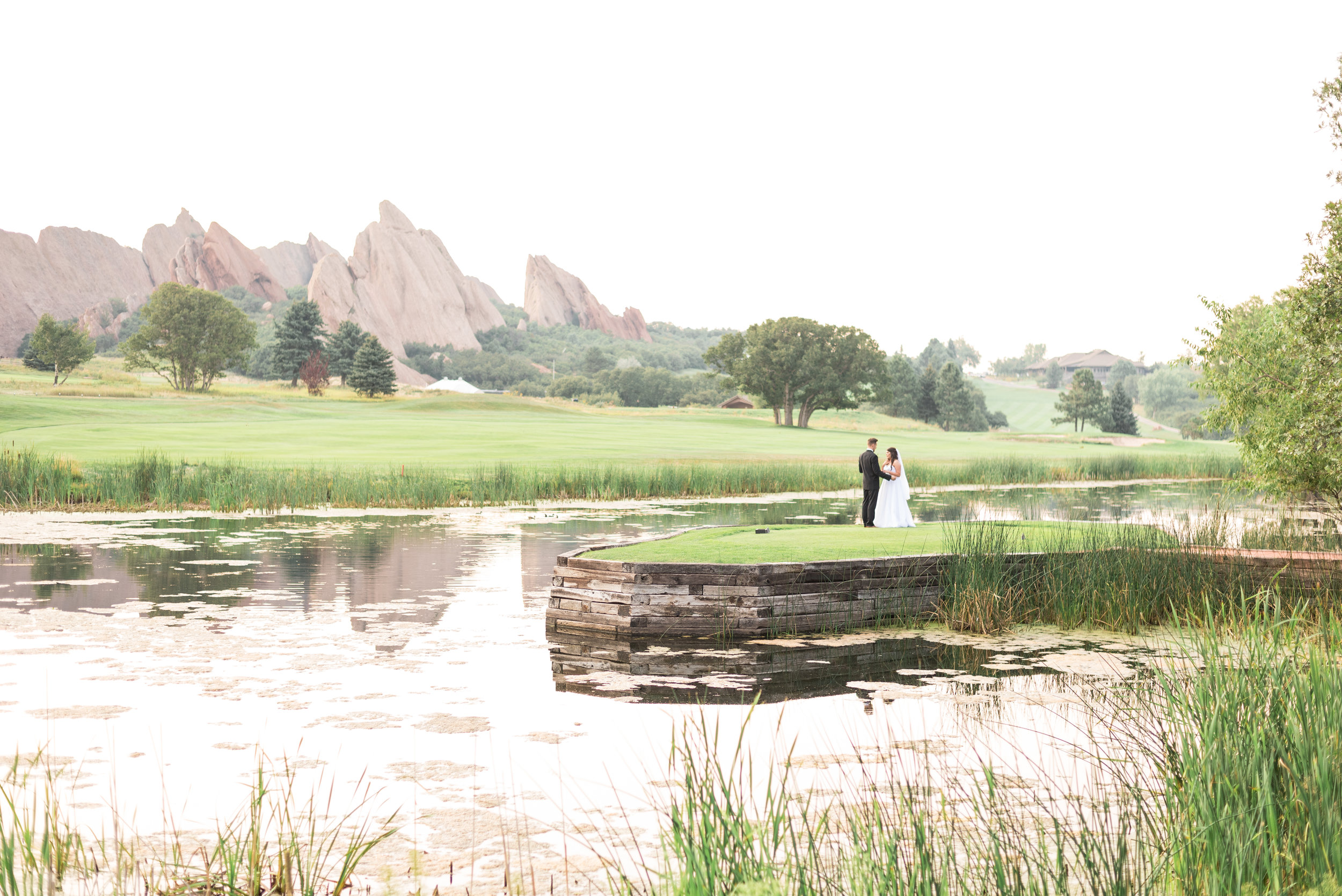 Wedding at Arrowhead Golf Course, romantic wedding photography, classic, timeless wedding photography, bride and groom poses