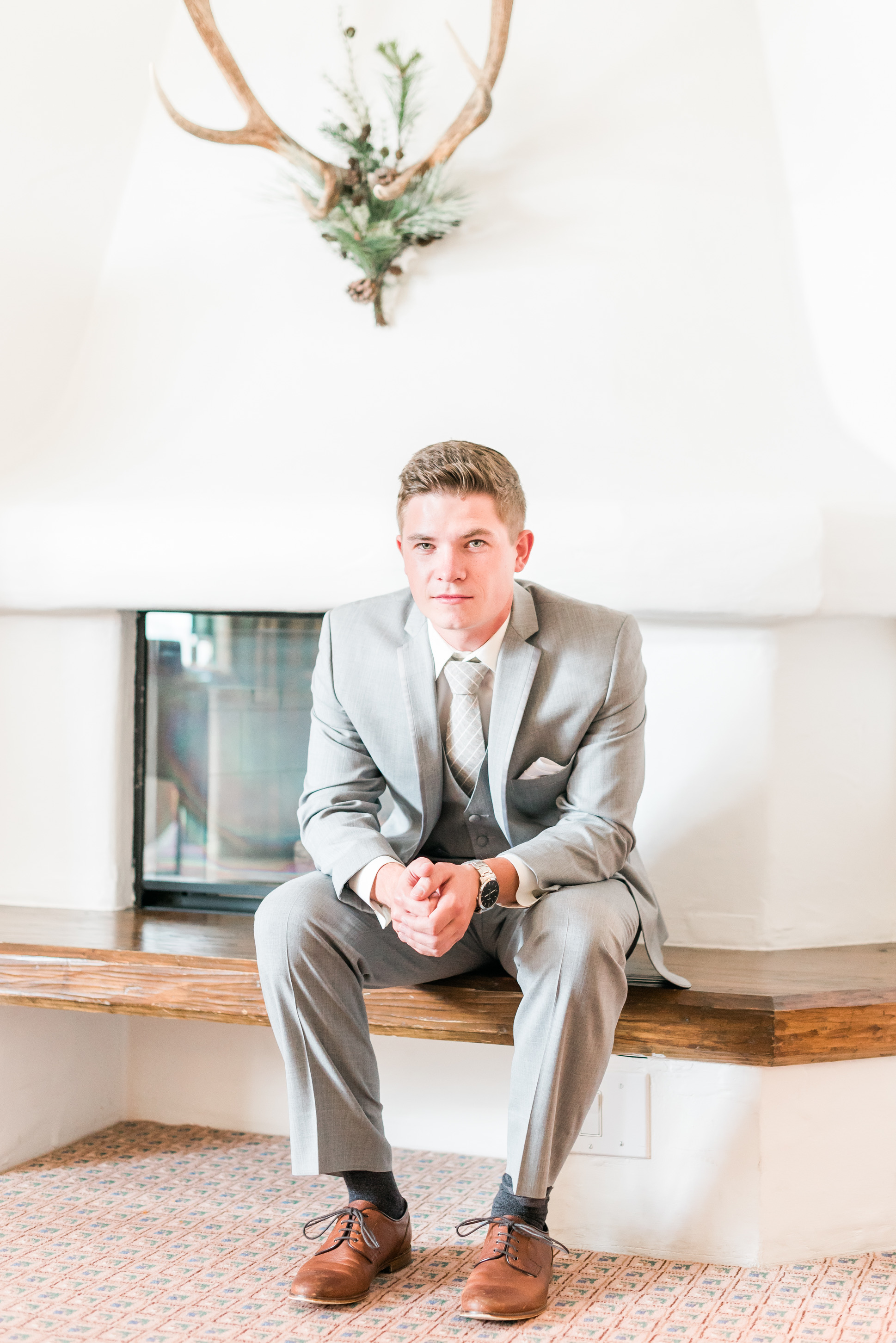 groom getting ready, wedding details, timeless wedding photography, photos to have your wedding photographer take, vail wedding