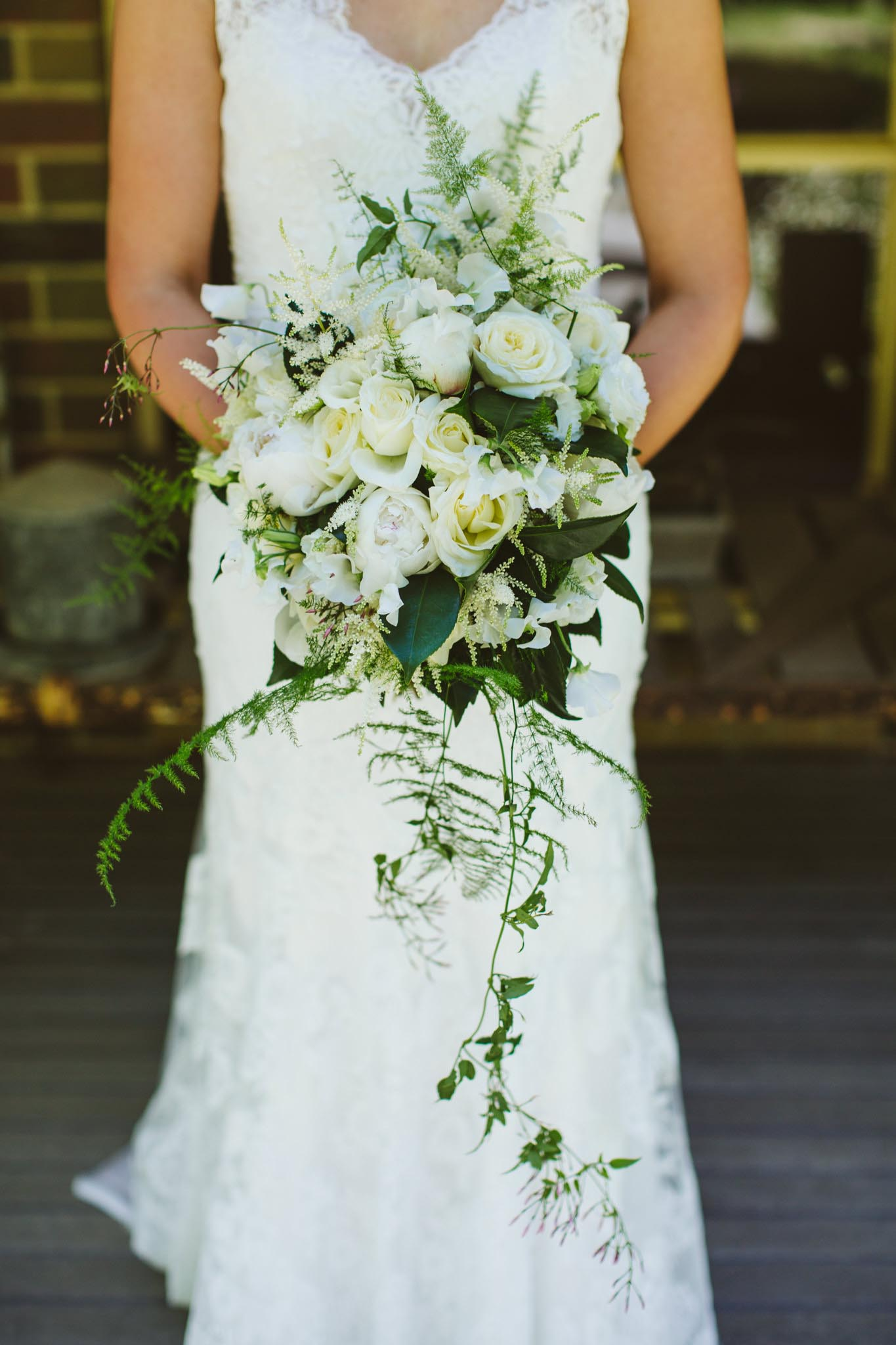 red earth flowers melbourne yarra valley wedding florist