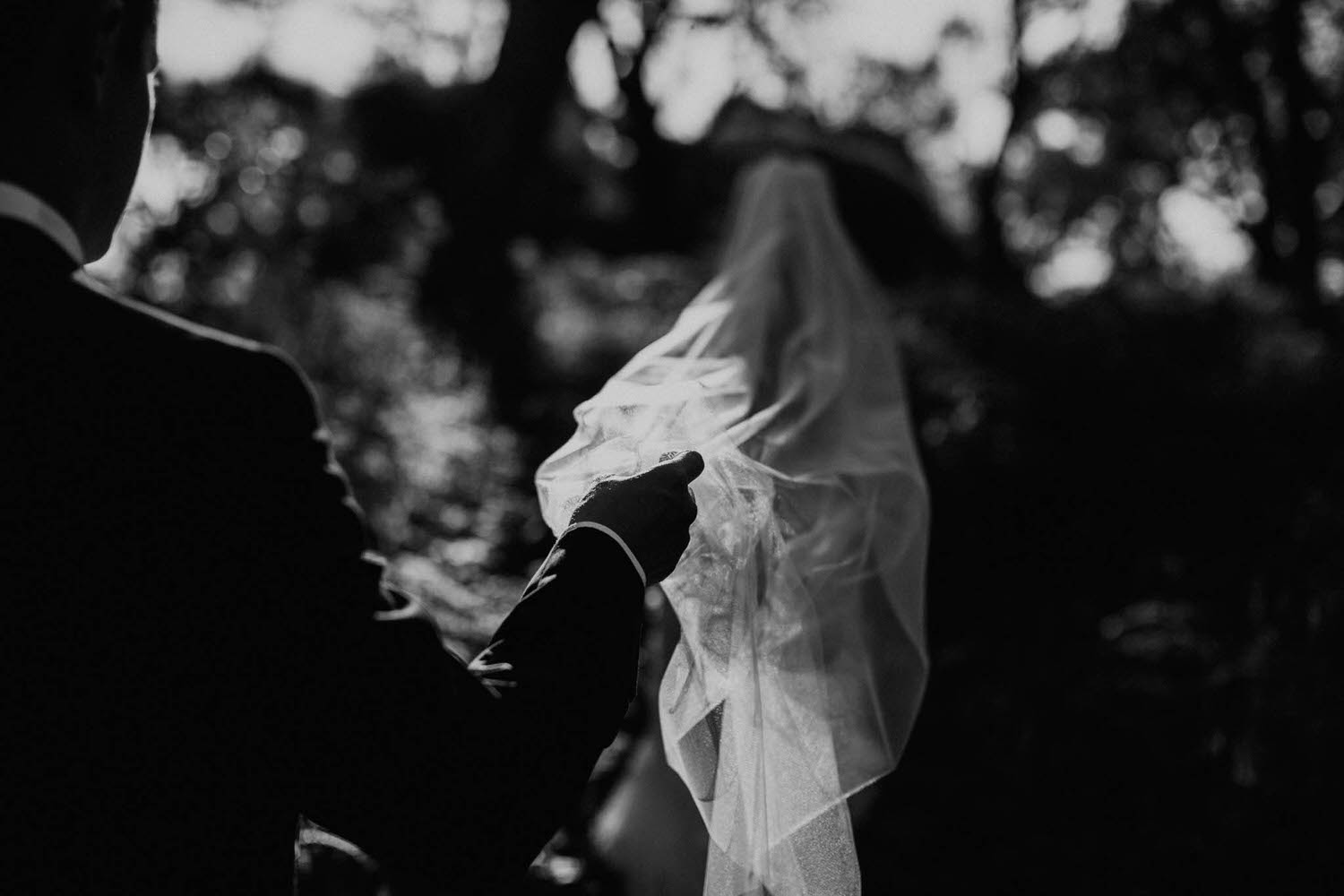 shadow play Melbourne wedding photographer