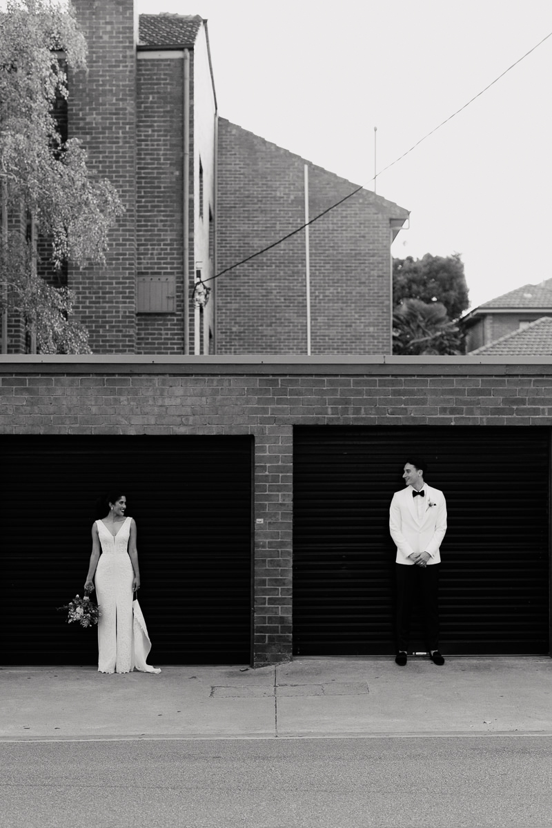 blossom-daisy-creative-melbourne-wedding-photographer-garage-door