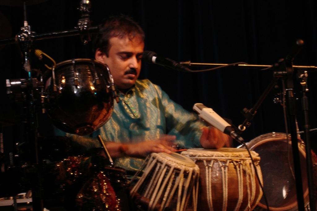 Kalyan Pathak   Fareed Haque,Joe Beck