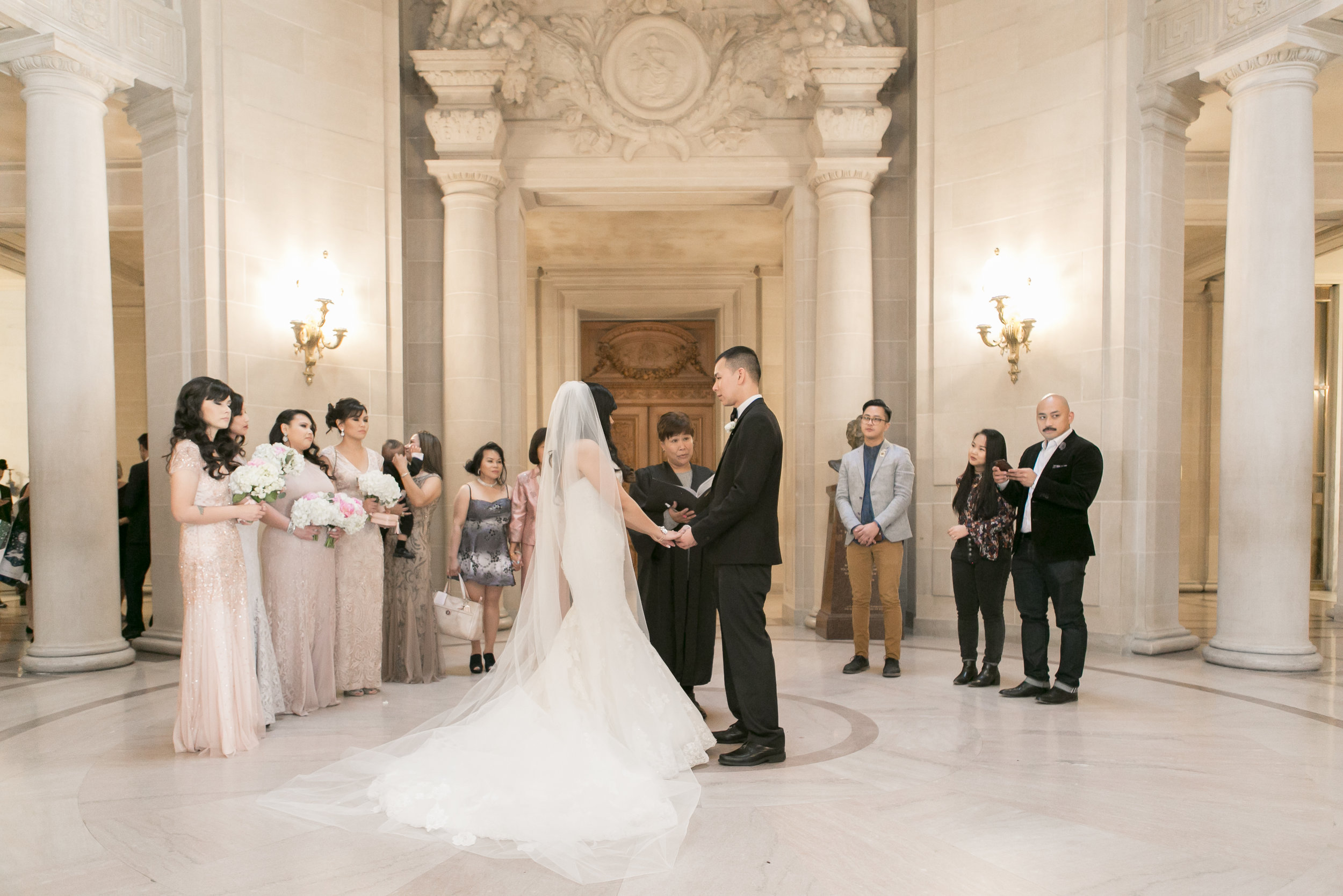 www.michellechangphotography.com - San Francisco City Hall Wedding Photographer