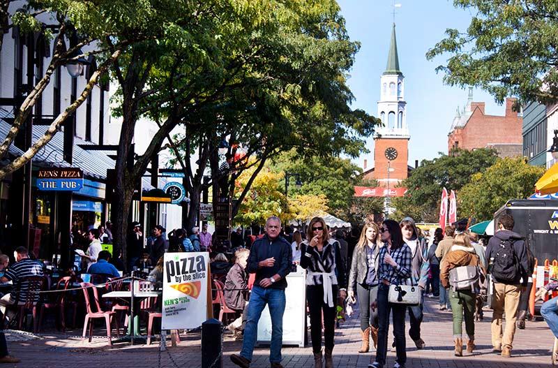 Photo: Burlington, Michel G ,  Creative Commons