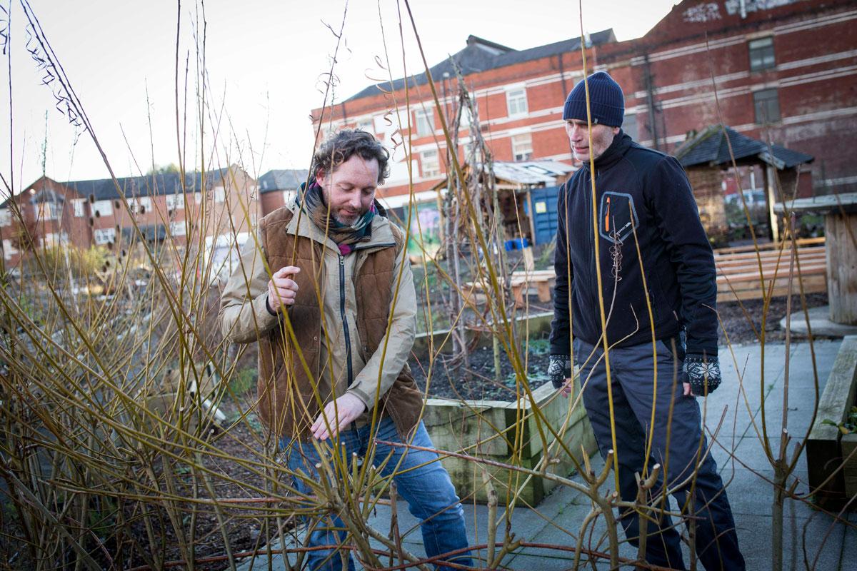 Hulme-Garden-Centre.-Mark-Frith-,-volunteer-co-ordinator-(left)-and-Roberty-Doherty-,-volunteer.-(2)1200.jpg