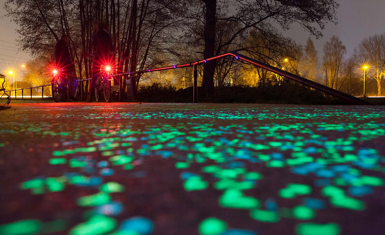 This Netherlands cycle path glows in the dark