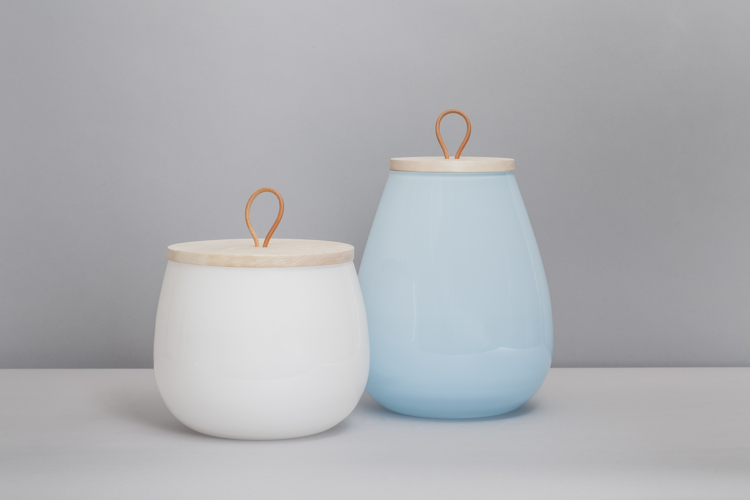 Dew (left) and Else (right) vases.