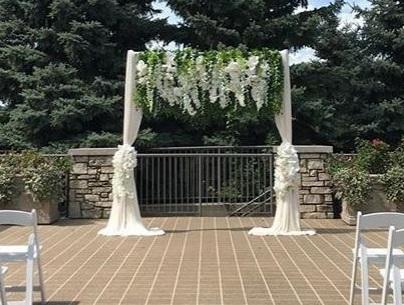 Greenery Arch.JPG