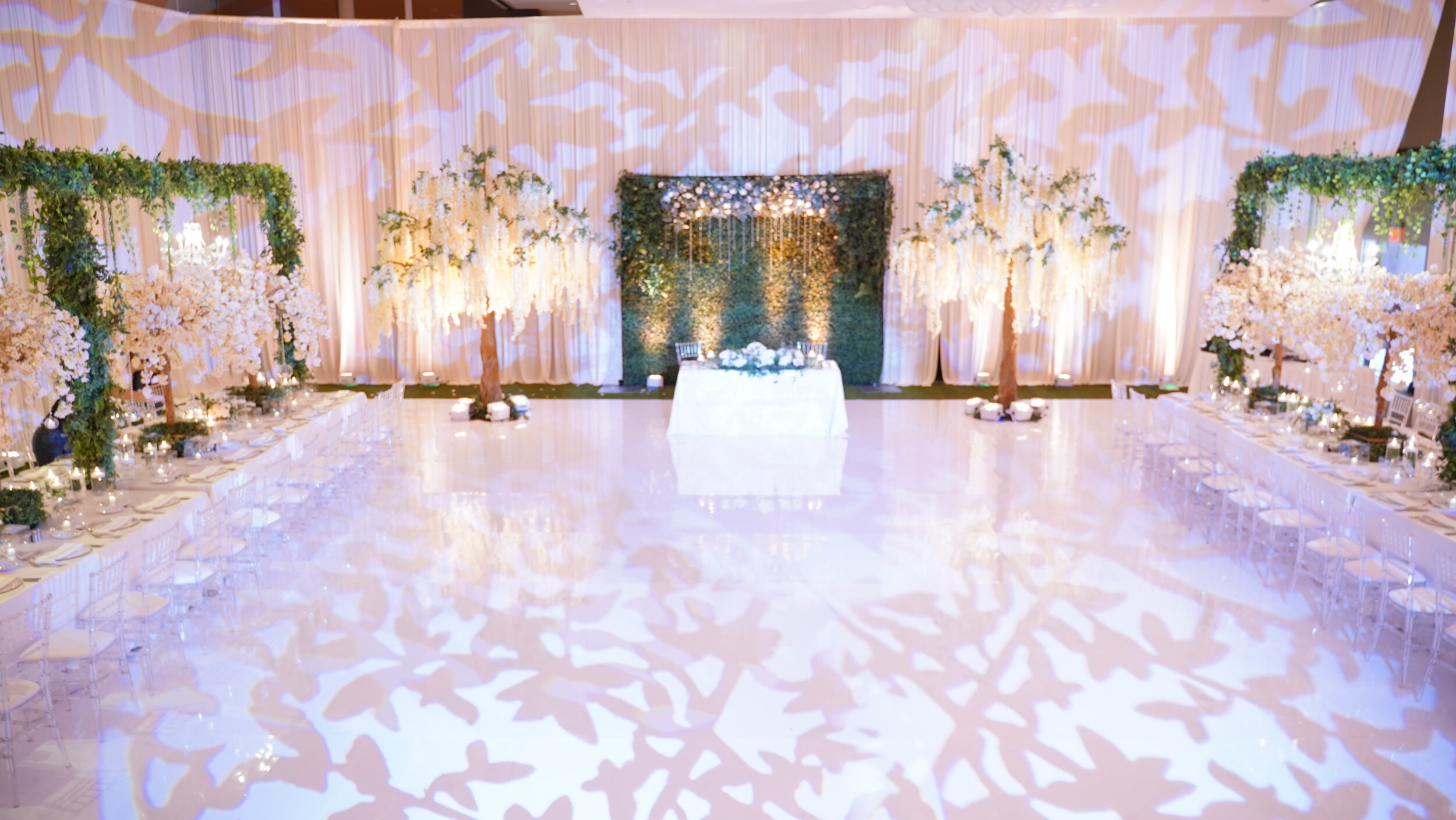 Chicago Wedding Decoration Tent Rental Chairs Table Rental Yard Greeting Rental I White Dance Floor Wall Draping Ceiling Draping Wedding Centerpieces Satin Chair Event