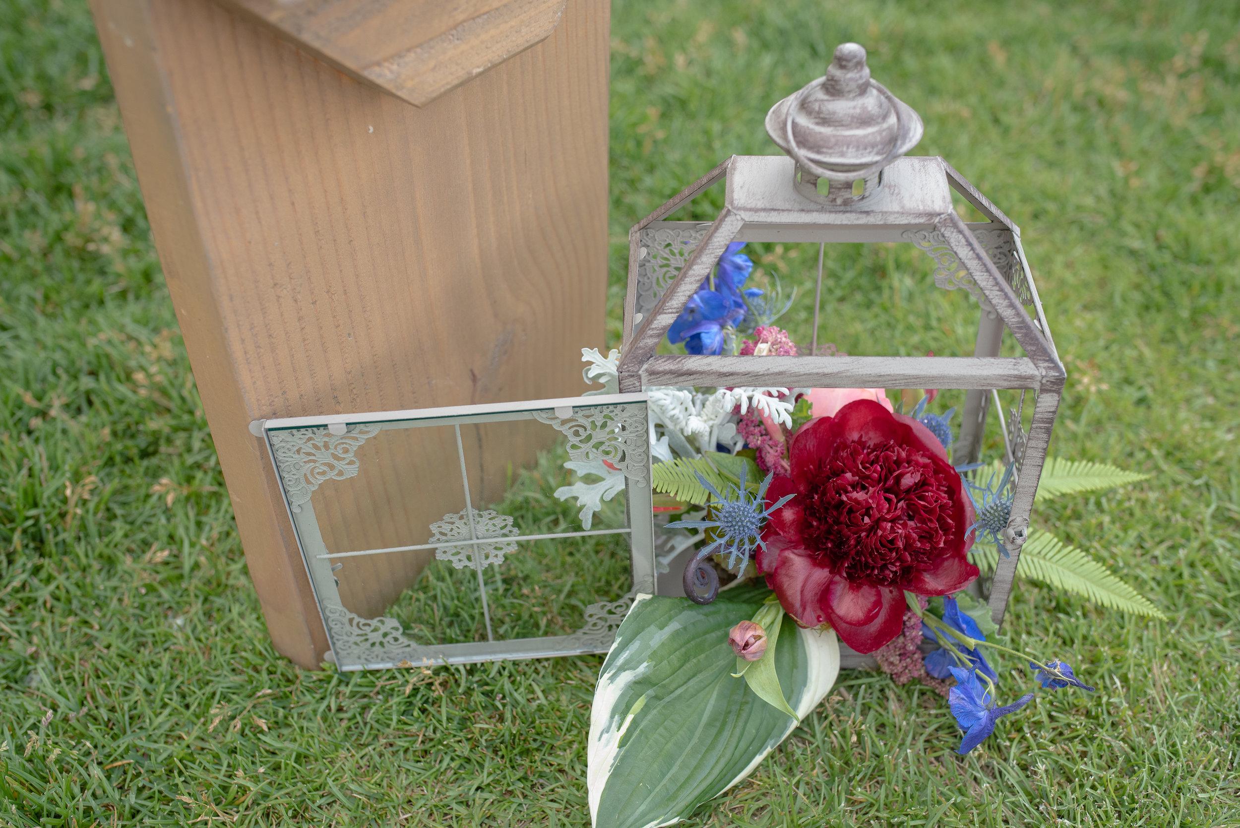 Racoon Creek Wedding Flowers.jpg