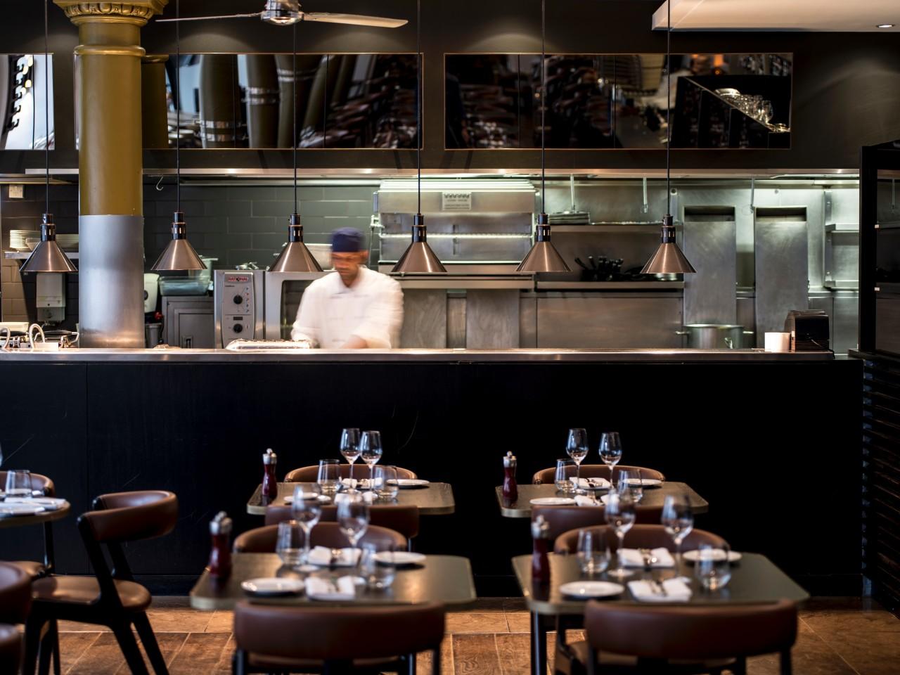 LONGE_P527_Eastway_Brasserie_Open_Kitchen.jpg