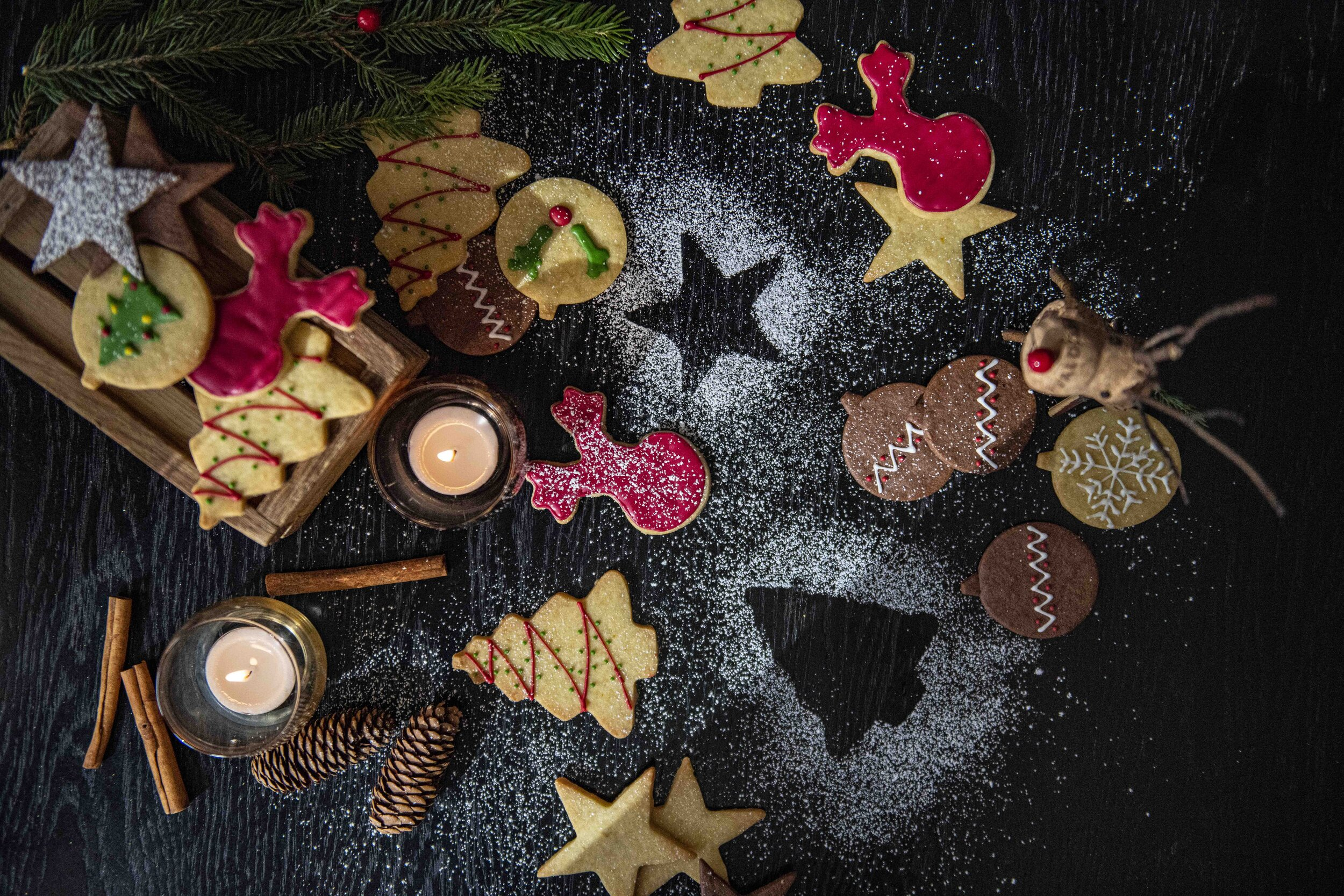 Selection of Christmas cookies & macaroons (9).jpg