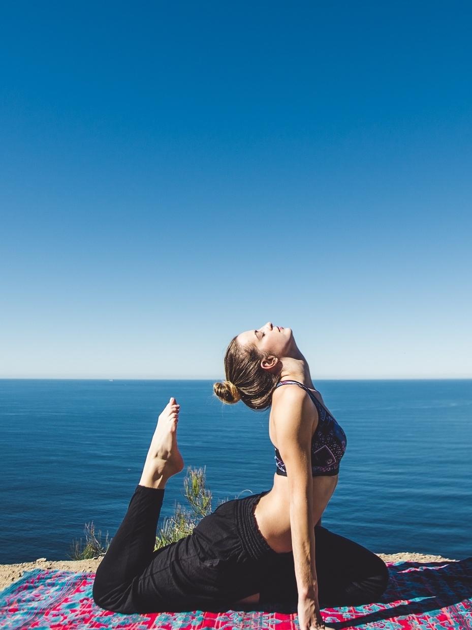 Website Yoga.jpg