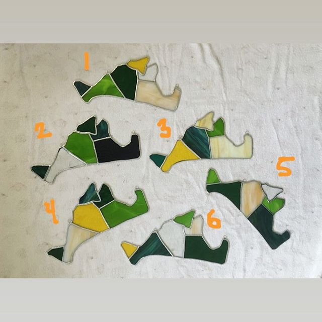 "I have finished all of my island, if you are interested please DM me which one you like. Size: 13"" x 6"" . . . . . . #stainedglass #marthasvineyard #island #supportlocalartists"