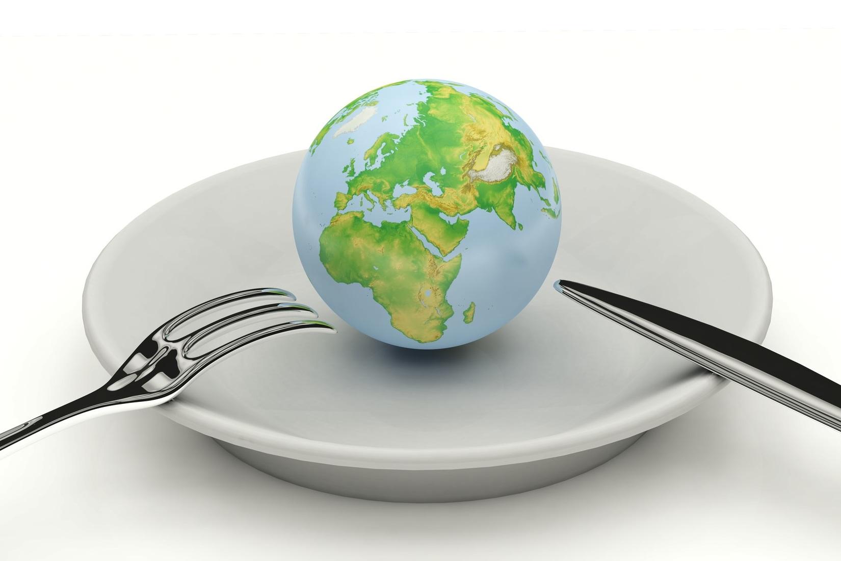 Globe+Plate.jpg