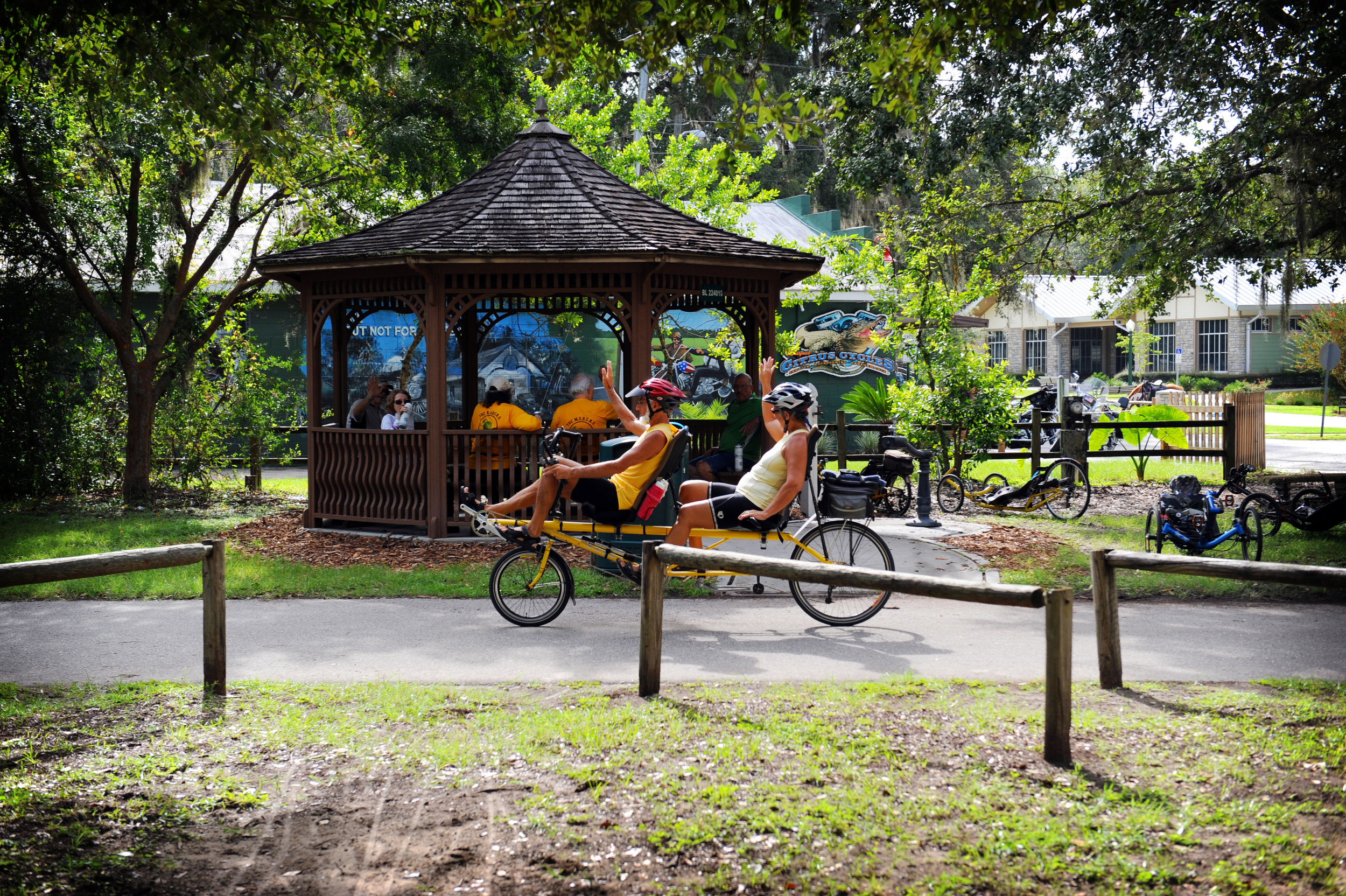 Friendy-Cyclists-on-Withlacoochee-State-Trail-2012-by-CvB-Photography-8091.jpg