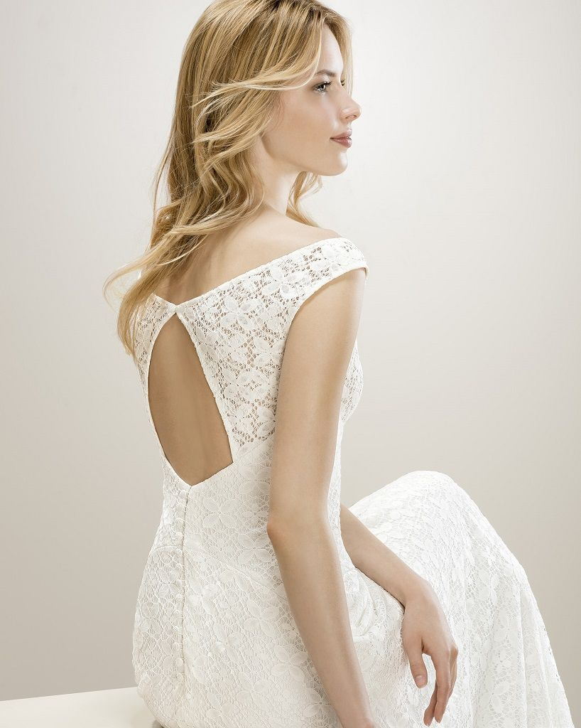 Wedding Dress Outlet Jesus Peiro 8045 side