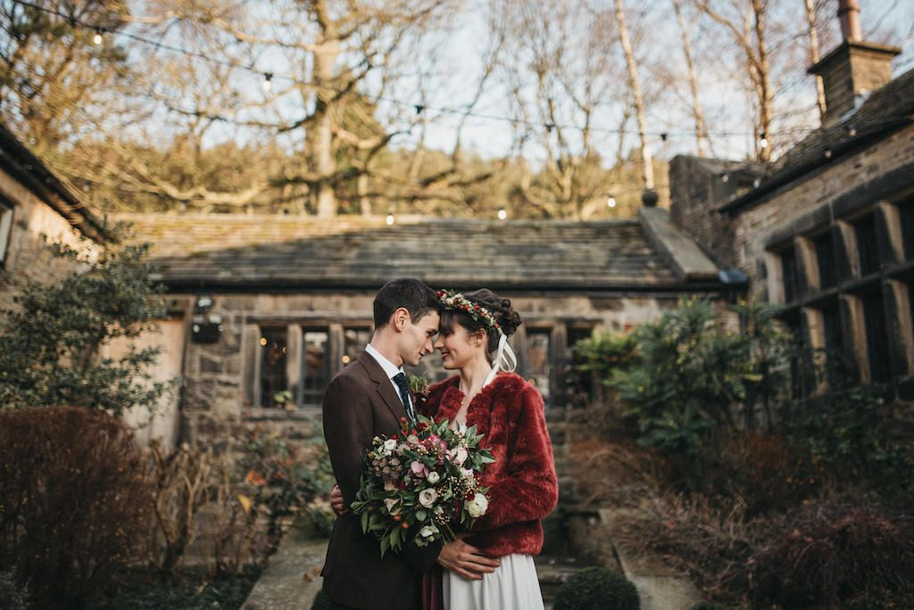 Real-Brides-Derbyshire-Rembo-Styling-Honey-Bear-3