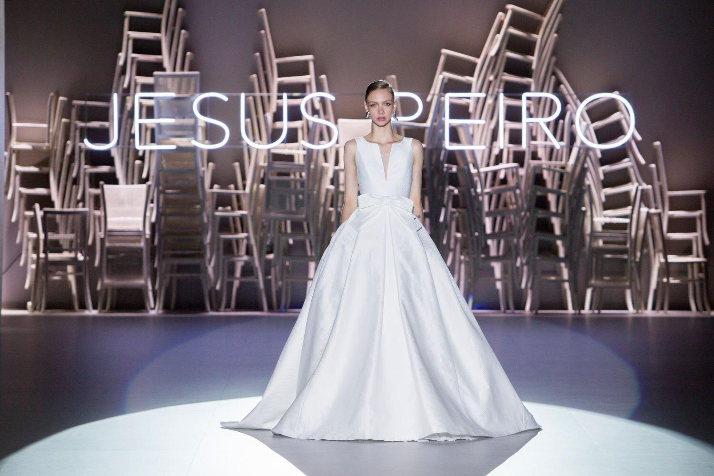 Jesus-Peiro-110-Wedding-Dress-2020