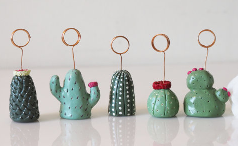 Cactus picture holder by Paintmydream shop