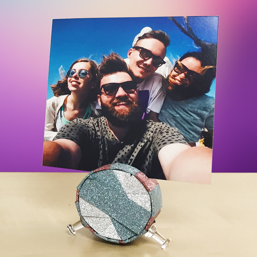 DIY Photo Stand using Toilet Paper Roll and Washi Tape