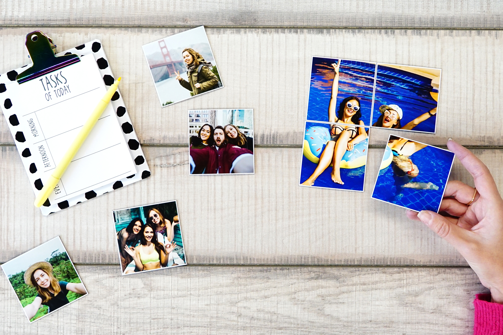 Printiki 4 Medium Magnets  Each large magnet measures: 3 x 3 inches - 7,5 x 7,5 cm