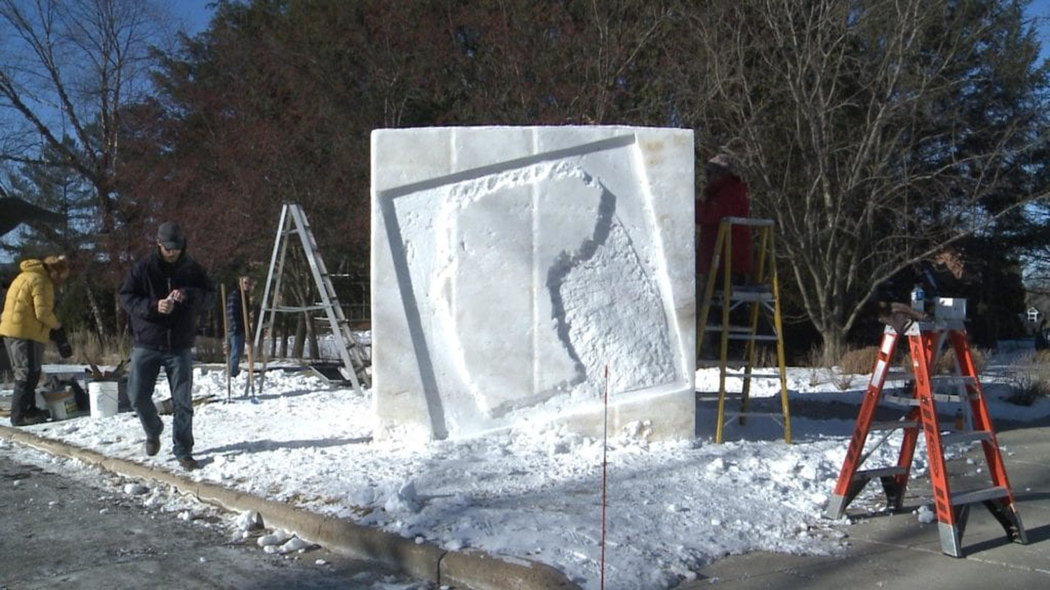 Snow sculpture. Image courtesy: WAOW TV.
