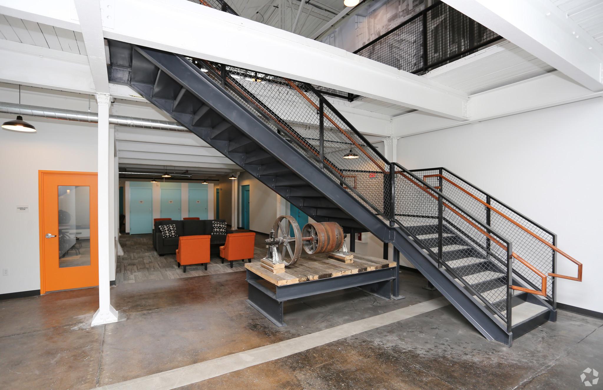 atrium-lofts-wausau-wi-community-room.jpg