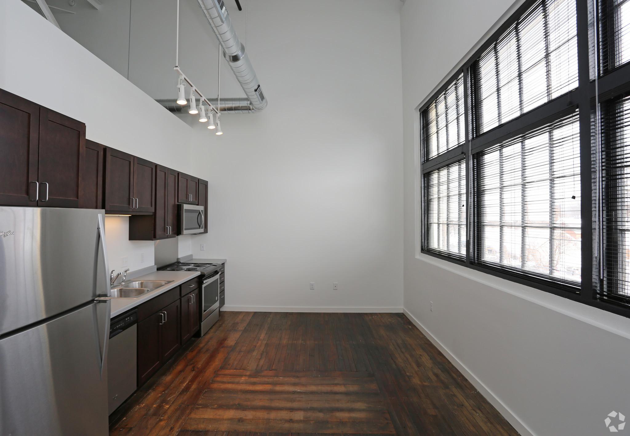 atrium-lofts-wausau-wi-kitchen.jpg
