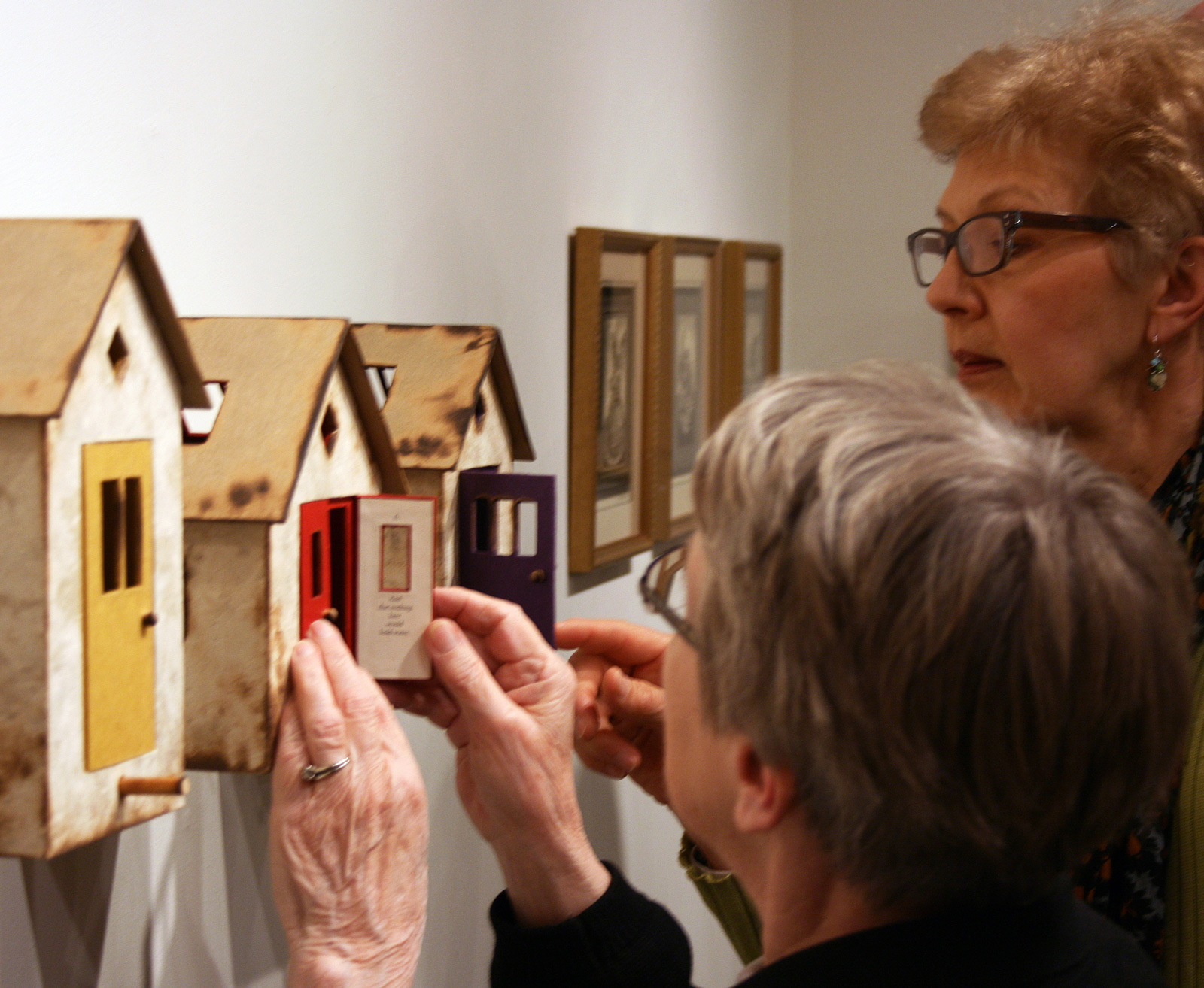 Bird-Houses-Installation-View-13_BC-with-Viewer3.jpg