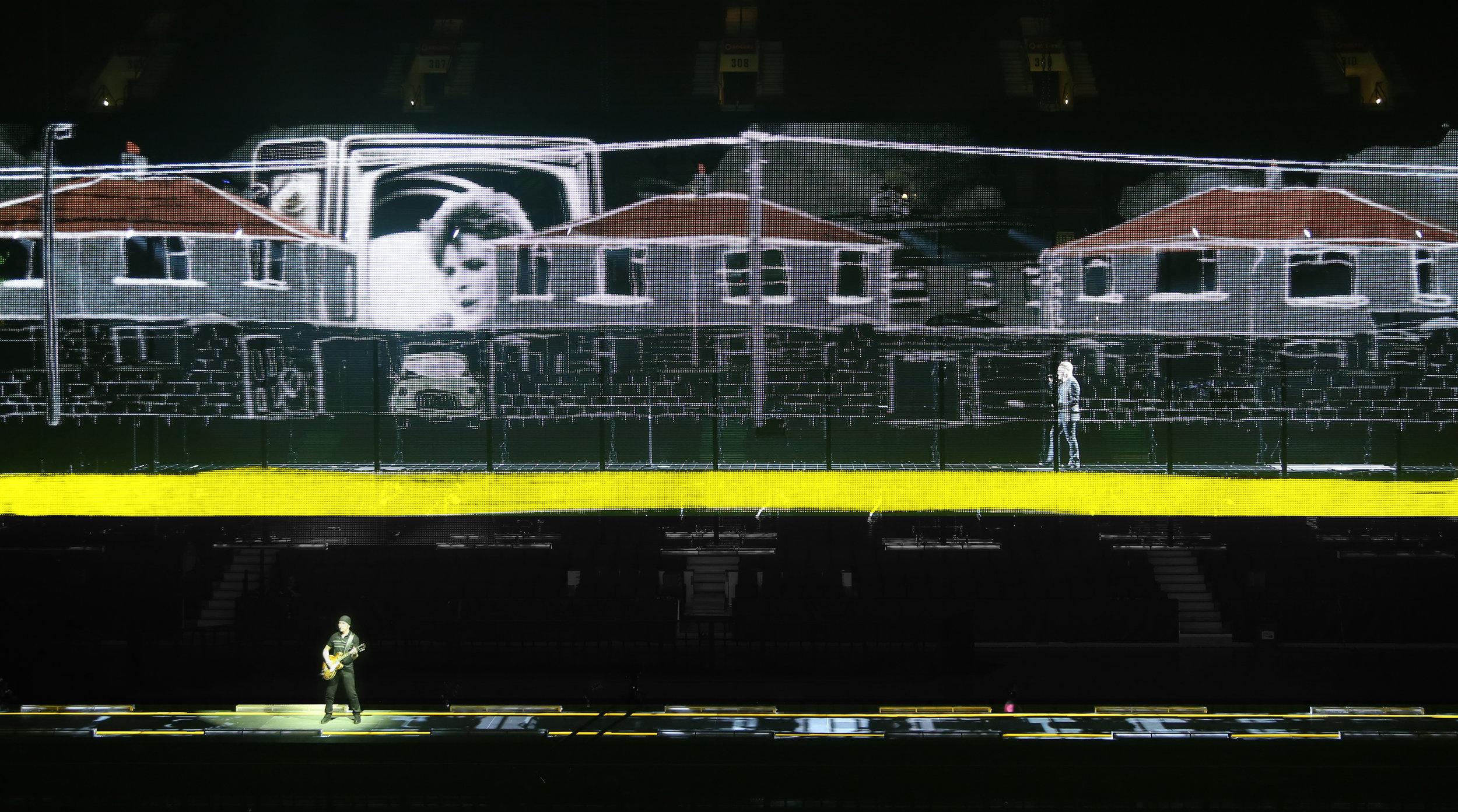 U2 6.jpg