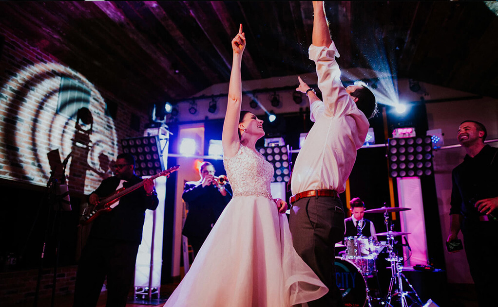 Band-For-A-Dallas-Wedding-Main-Image.jpg