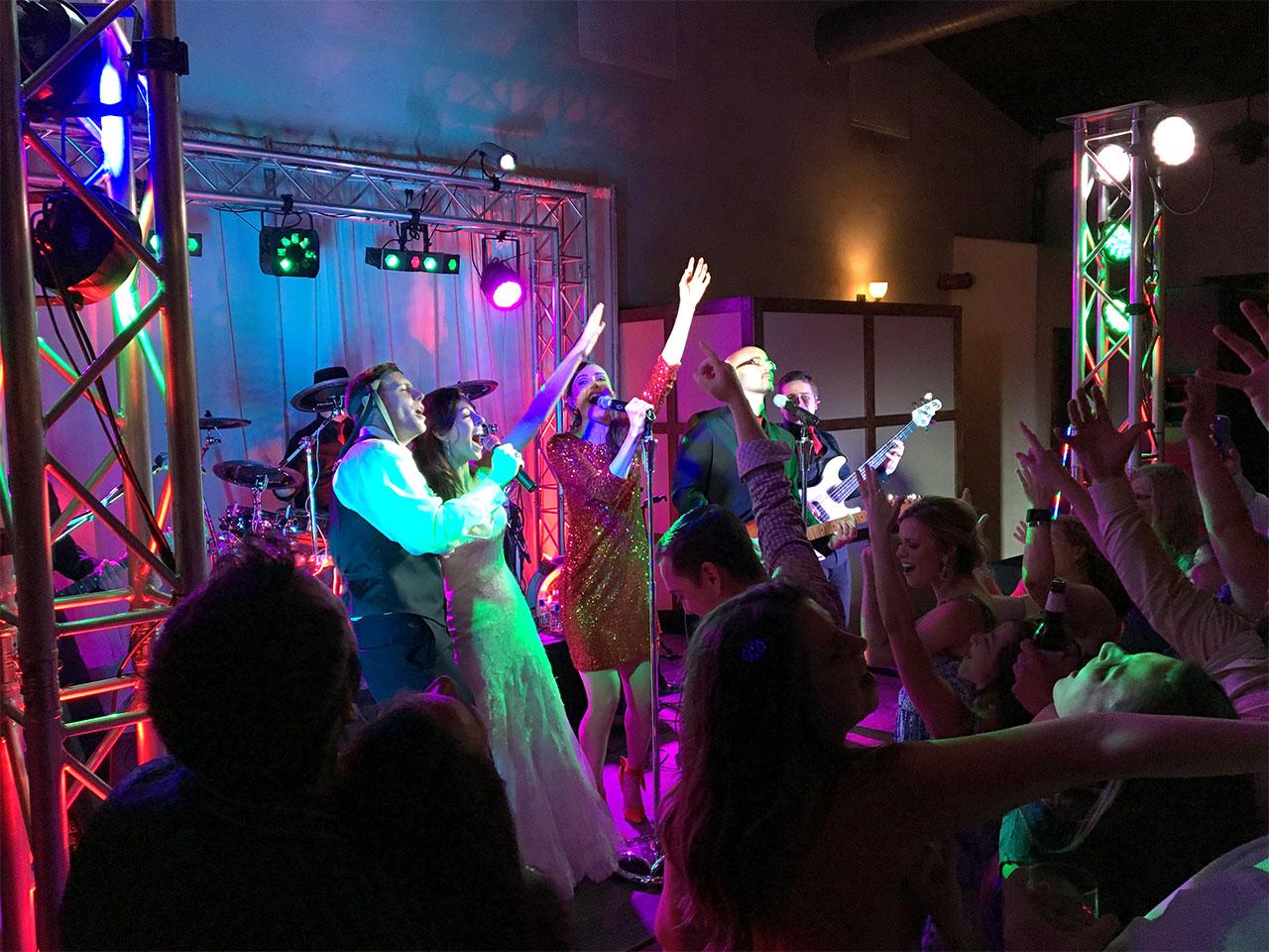 plush_austin_wedding_band_040216.jpg